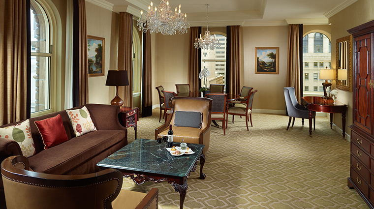 Property OmniSanFrancisco Hotel GuestroomSuite PresidentialSuiteLivingRoom2 OmniHotels
