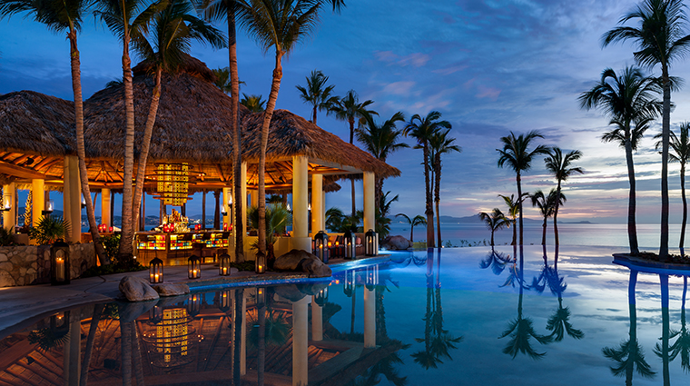 Property One&OnlyPalmilla Hotel BarLounge AguaBar&Pool One&OnlyResorts