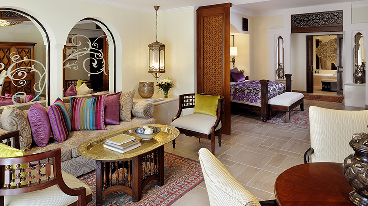 Property OneAndOnlyRoyalMirageResidences Hotel GuestoomSuite JuniorSuite2 One&OnlyResorts