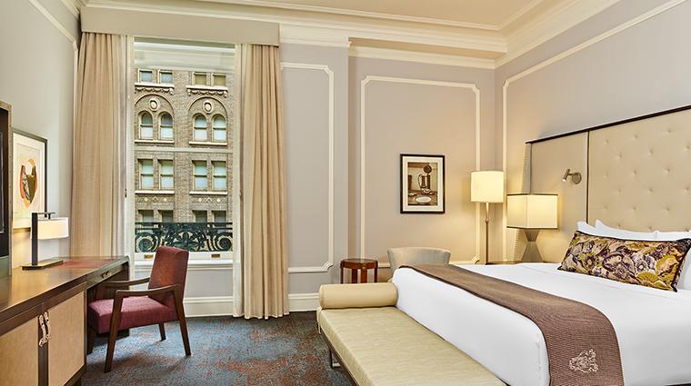 Property PalaceHotel Hotel GuestroomSuite DeluxeKing StarwoodHotels&ResortsWorldwideInc