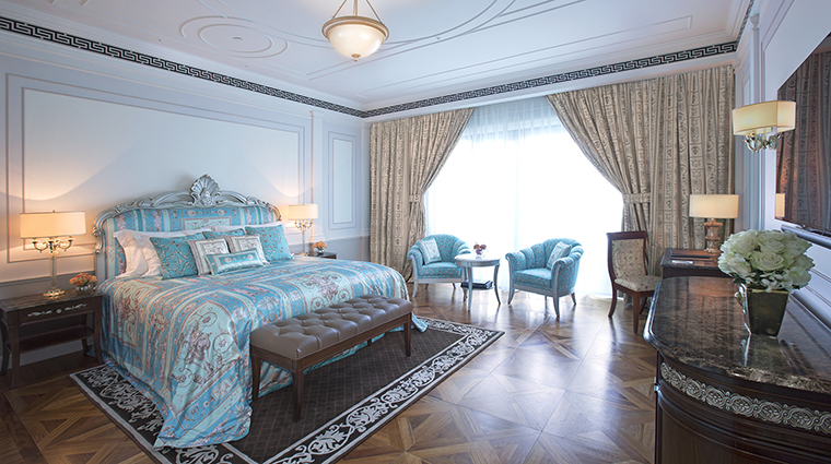 Property PalazzoVersaceDubai Hotel GuestroomSuite PremierRoom PalazzoVersaceDubai