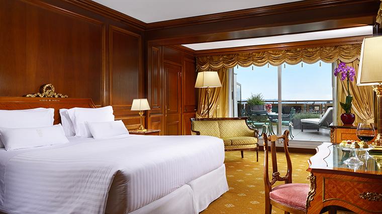 Property ParcodeiPrincipi Hotel GuestroomSuite PresidentialSuiteBedroom ParcodeiPrincipiGrandHotel&Spa