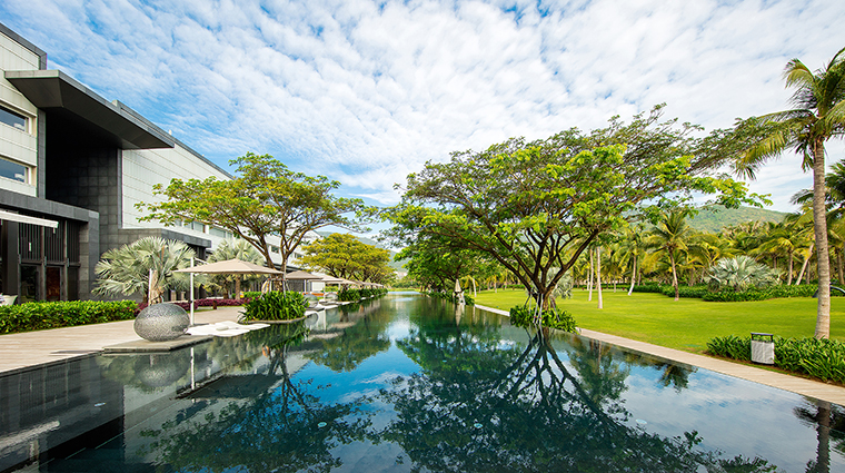 Property ParkHyattSanyaSunnyBay Hotel PublicSpaces OutdoorSwimmingPool HyattCorporation