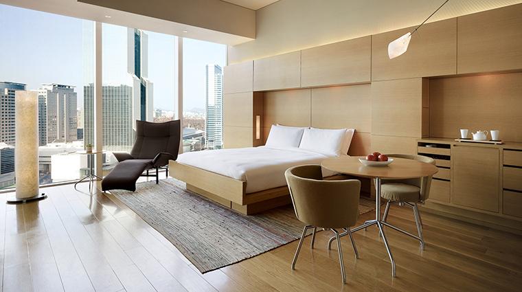 Property ParkHyattSeoul Hotel GuestroomSuite ParkDeluxeKing HyattCorporation