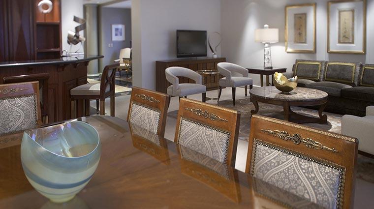 Property ParkHyattToronto Hotel GuestroomSuites AlgonquinLivingArea CreditHyattCorporation