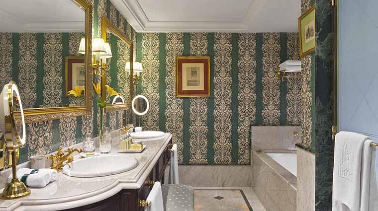 Property ParkTowerBuenosAires Hotel GuestroomSuite GovernorSuiteBathroom StarwoodHotels&ResortsWorldwideInc