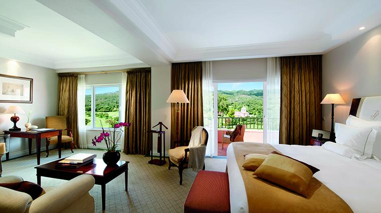 Property PenhaLongaResort Hotel GuestroomSuite Suite PenhaLongaResorts