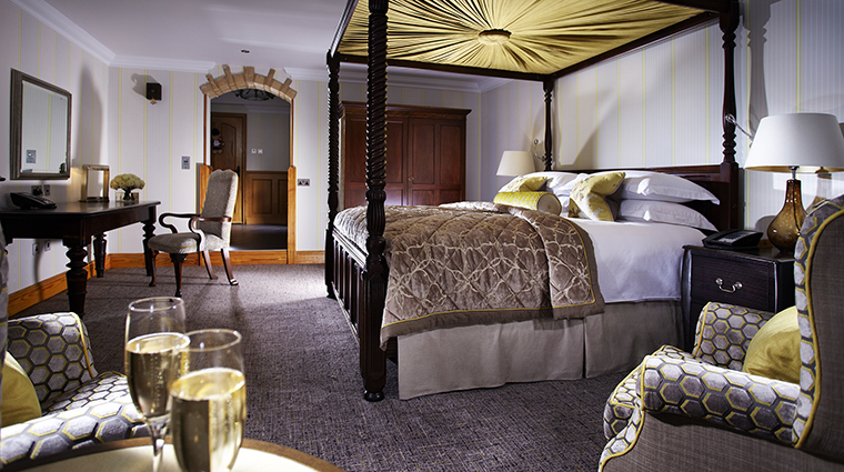 Property PennyhillPark Hotel GuestroomSuite Guestroom ExclusiveHotelsandVenues
