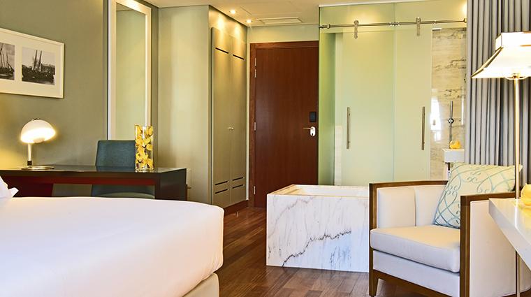 Property PousadadeLisboa Hotel GuestroomSuite DeluxeRoom PestanaGroup