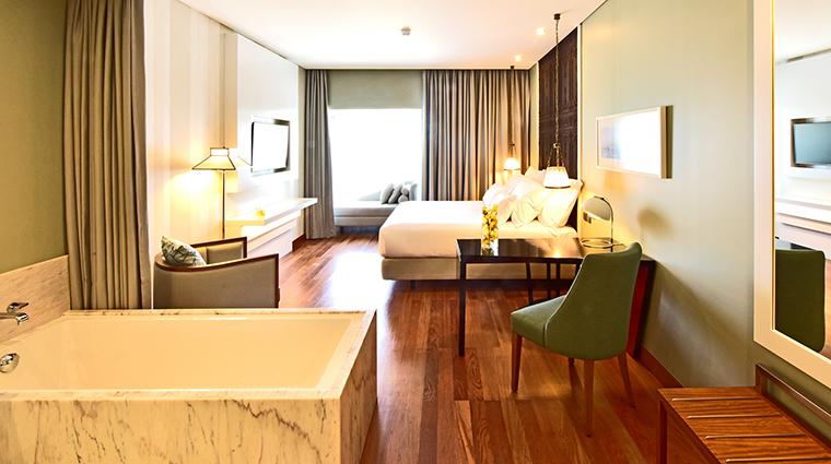 Property PousadadeLisboa Hotel GuestroomSuite DeluxeRoom2 PestanaGroup