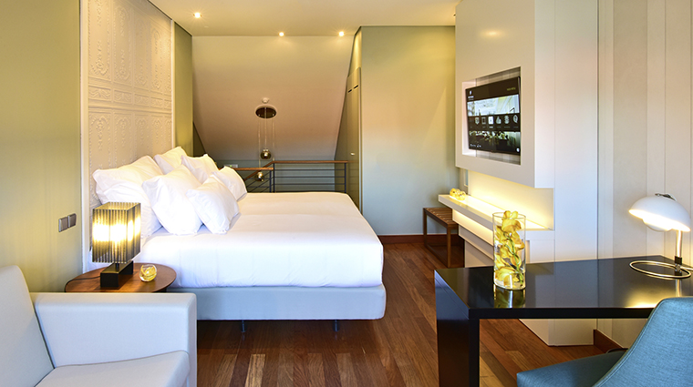 Property PousadadeLisboa Hotel GuestroomSuite MezzanineRoom PestanaGroup