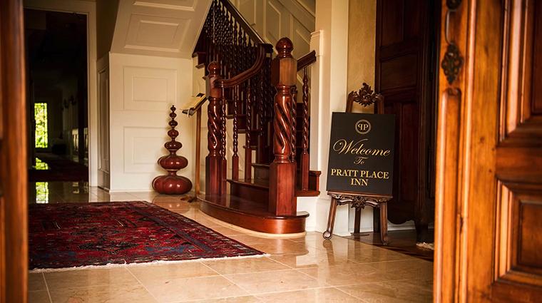 Property PrattPlaceInnandBarn 3 Hotel PublicSpaces MarbleFoyer CreditPrattPlaceInnandBarn