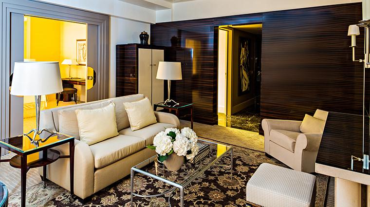 Property PrincedeGalles Hotel GuestroomSuite MakassarSuiteLivingRoom StarwoodHotels&ResortsWorldwideInc