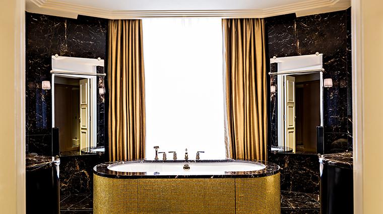 Property PrincedeGalles Hotel GuestroomSuite PrincedeGallesSuitedOrBathroom StarwoodHotels&ResortsWorldwideInc