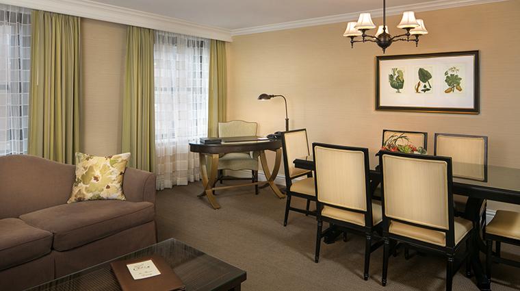 Property RaphaelHotel Hotel GuestroomSuite SuiteParlorandDiningRoom TheRaphaelHotel