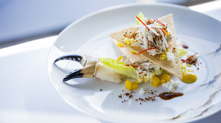 Property RechbyAlainDucasse Restaurant Dining ClubCrab&Mango InterContinentalHotelsGroup