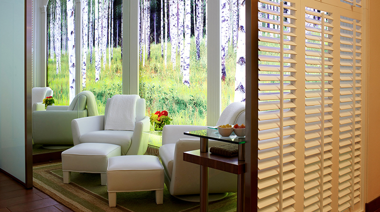 Property RedDoorSpa 1 Spa Style RelaxationLounge CreditTheChatwalHotel