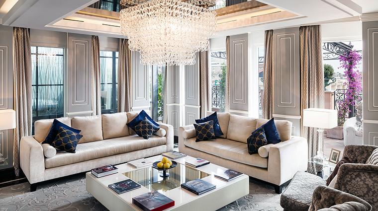 Property ReginaHotelBaglioni Hotel GuestroomSuite RomanPenthouseSuiteLivingRoom BaglioniHotelsSPA