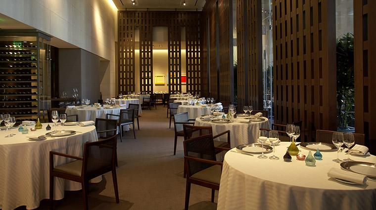 Property RestaurantGuySavoy Restaurant Dining DiningRoom CaesarsLicenseCompanyLLC