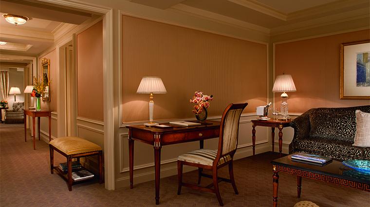 Property RitzCarltonNYCP Hotel GuestroomsSuites Desk&Chair RitzCarlton