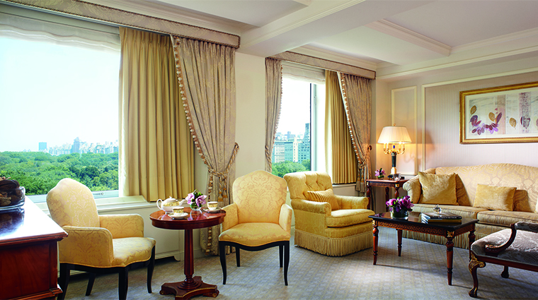 Property RitzCarltonNYCP Hotel GuestroomsSuites LivingRoom RitzCarlton