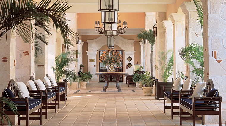 Property RoyalHideawayPlayacar Hotel PublicSpaces Hall BarceloHotels&Resorts
