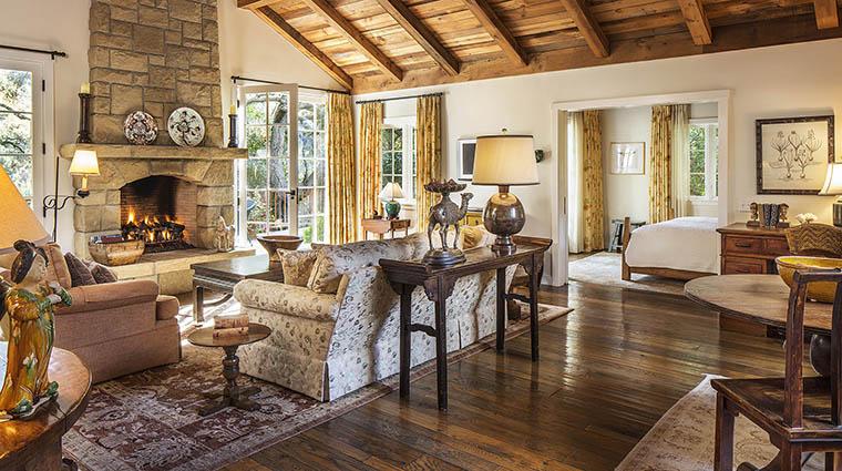 Property SanYsidroRanch Hotel GuestroomSuite LilacCottageLivingRoom SanYsidroRanch