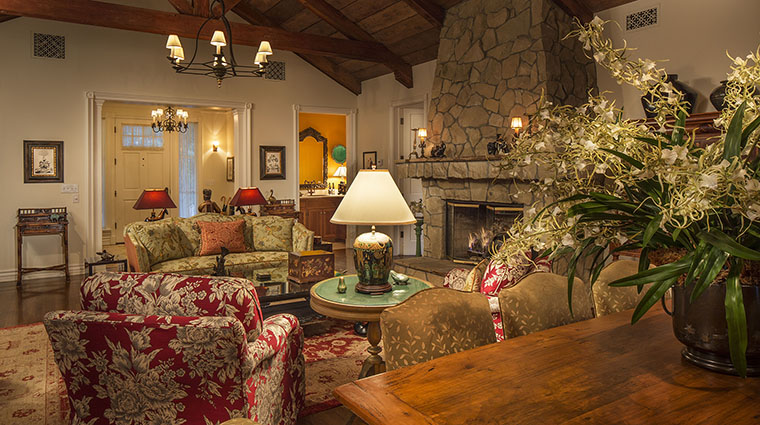 Property SanYsidroRanch Hotel GuestroomSuite WarnerCottageLivingRoom SanYsidroRanch