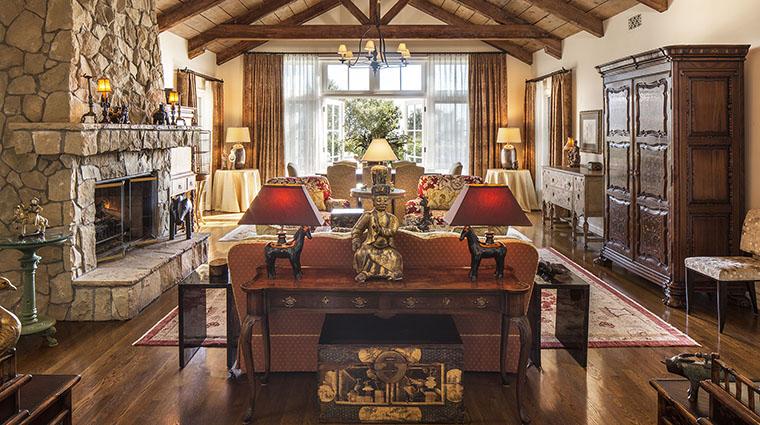 Property SanYsidroRanch Hotel GuestroomSuite WarnerCottageLivingRoom2 SanYsidroRanch