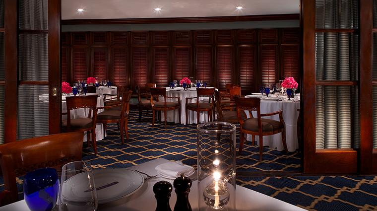 Property Seagars 1 Restaurant Style DiningRoom CreditHiltonSandestinBeachGolfResortandSpa