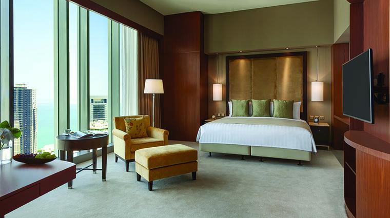 Property ShangriLaHotelDoha Hotel GuestroomSuite DeluxeKingRoom ShangriLaInternationalHotelManagementLtd