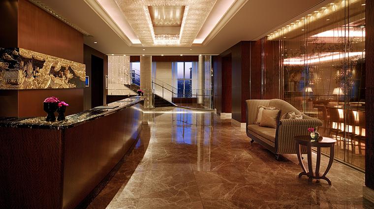 Property ShangriLaHotelTokyo Hotel PublicSpaces FrontDesk ShangriLaInternationalHotelManagementLtd