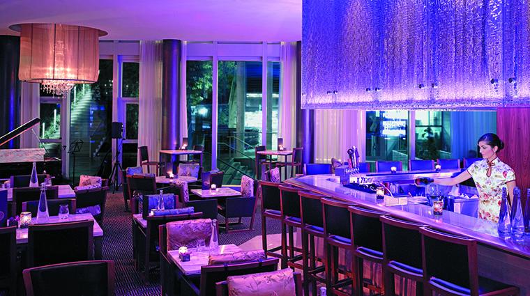 Property ShangriLaHotelVancouver Hotel BarLounge XiShiLounge ShangriLaInternationalHotelManagementLtd