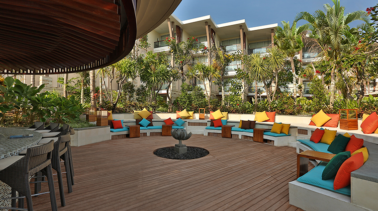 Property SofitelBaliNusaDuaBeachResort Hotel BarLounge LOhPoolBar SofitelLuxuryHotels