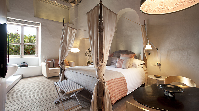 Property SofitelLegendSantaClaraCartagena Hotel GuestroomSuite ColonialJuniorSuite Sofitel