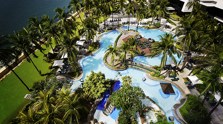 Property SofitelPhilippinePlazaManila Hotel PublicSpaces AerialViewofPool&Resort Sofitel