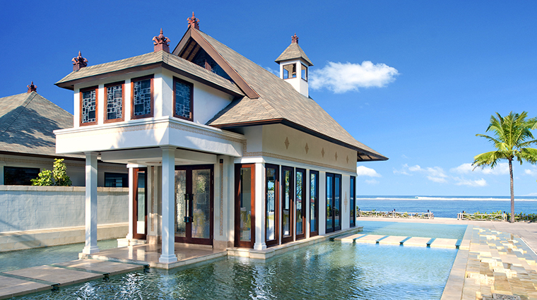 Property StRegisBali Hotel PublicSpaces BeachfrontCloudNineChapel StarwoodHotels&ResortsWorldwideInc