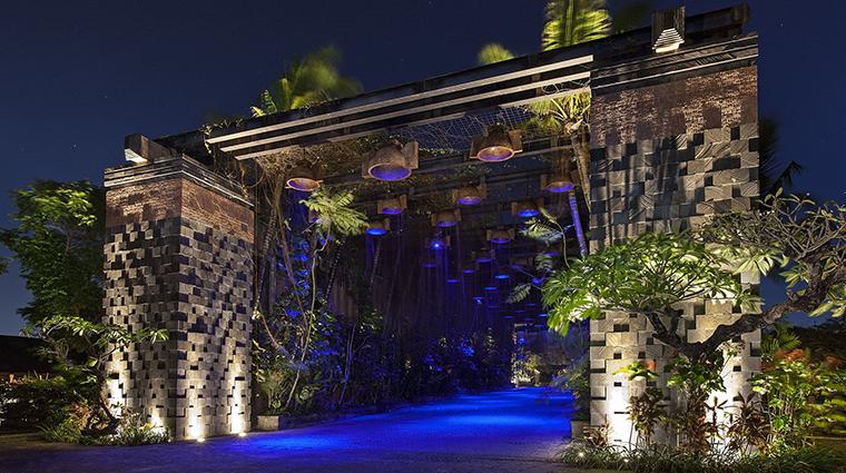 Property StRegisBali Hotel PublicSpaces MystiqueRainforestGate StarwoodHotels&ResortsWorldwideInc