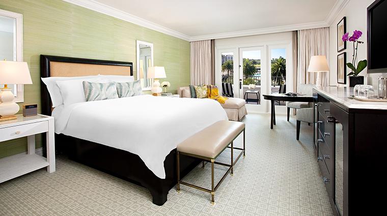 Property StRegisMonarchBeach Hotel GuestroomSuite SignatureKingGuestroom StarwoodHotels&ResortsWorldwideInc