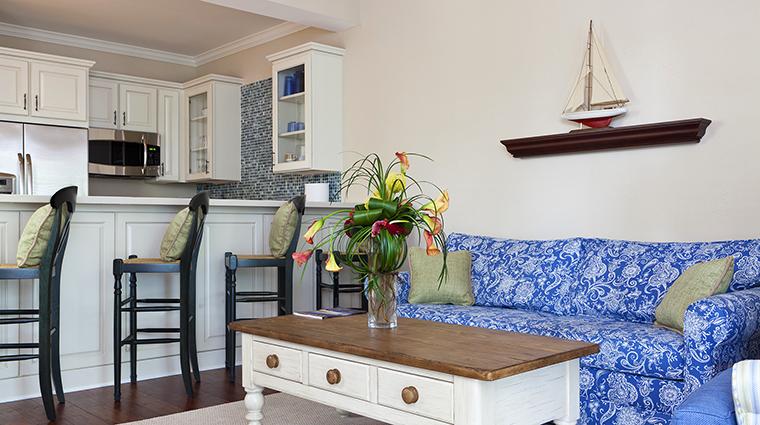 Property SunsetKeyCottages Hotel GuestroomSuite ThreeBedroomCottageLivingandDiningRoom StarwoodHotels&ResortsWorldwideInc