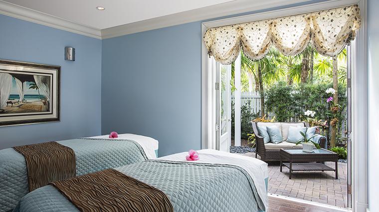 Property SunsetKeyCottages Hotel Spa CouplesMassageRoom StarwoodHotels&ResortsWorldwideInc