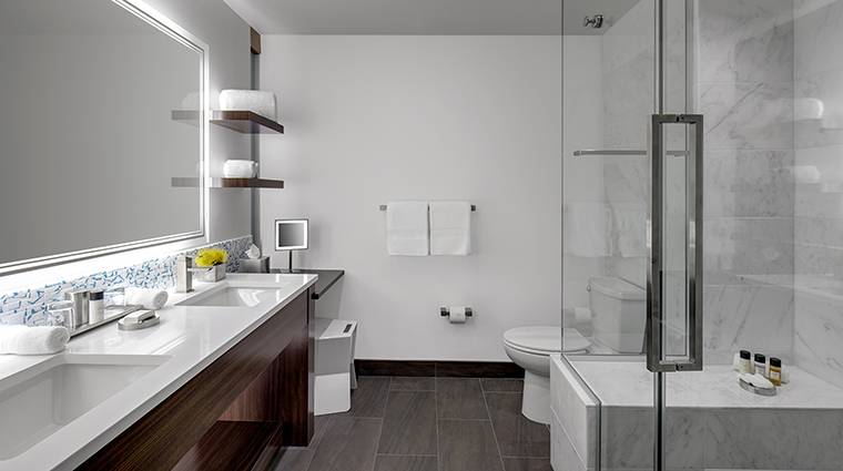 Property TheARTaHotel Hotel GuestroomSuite CanvasRoomBathroom theARThotel