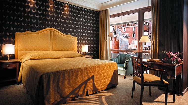 Property TheBauerVenezia Hotel GuestroomSuite DeluxeRoom TheBauerVenezia
