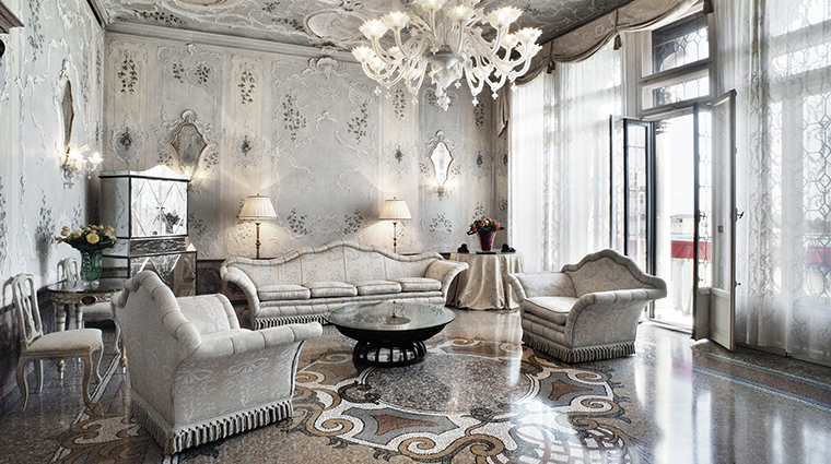 Property TheBauerVenezia Hotel GuestroomSuite RoyalSuite TheBauerVenezia