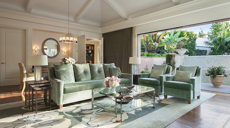 Property TheBeverlyHillsHotel Hotel GuestroomSuite BungalowLivingRoom DorchesterCollection,