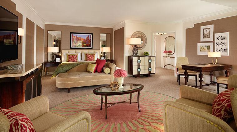 Property TheBeverlyHillsHotel Hotel GuestroomSuite PremierKing DorchesterCollection,