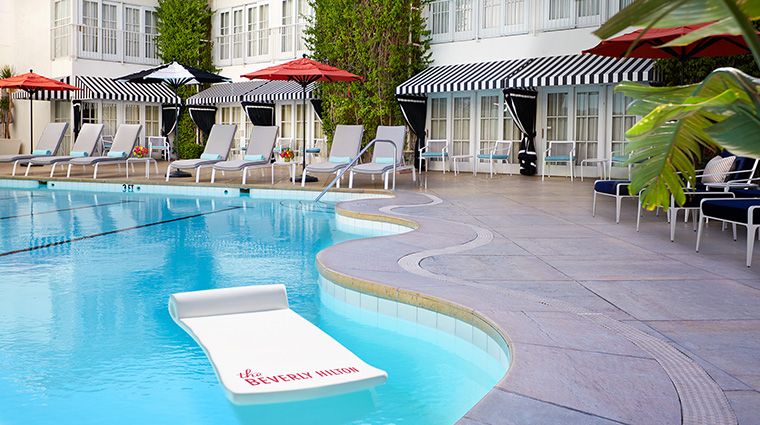 Property TheBeverlyHilton Hotel PublicSpaces TheAquaStarPool TheBeverlyHilton