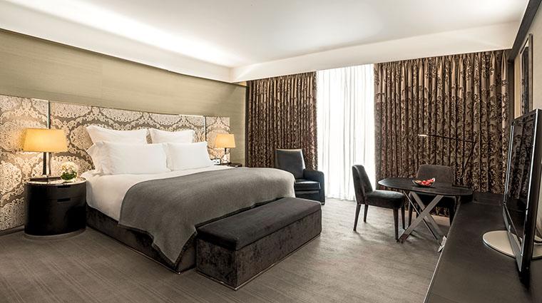 Property TheBulgariHotel&ResidencesLondon Hotel GuestroomSuite DeluxeRoom BulgariHotels&Resorts