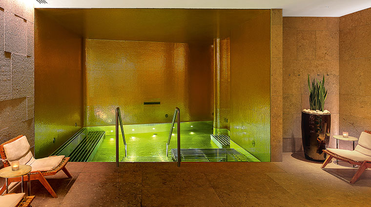 Property TheBulgariSpaLondon Spa VitalityPool BulgariHotels&Resorts