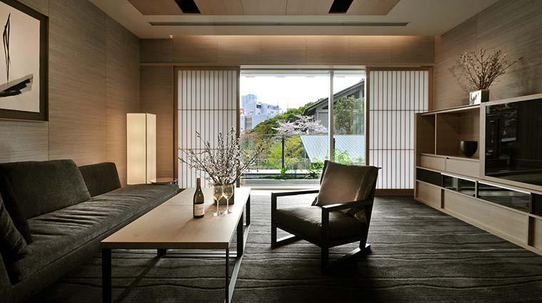 Property TheCapitolHotelTokyu Hotel GuestroomSuite GardenSuiteLivingRoom TokyuHotelsCoLTD